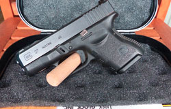 Glock 27 .40 Smith & Wesson Pre-owned Nice!